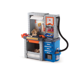 Step 2 Deluxe Workshop 706000